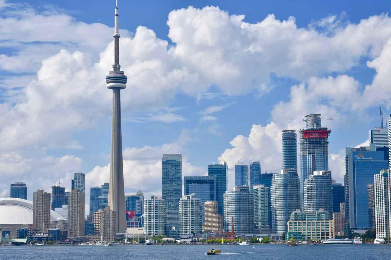 Chính sách định cư Canada 2021