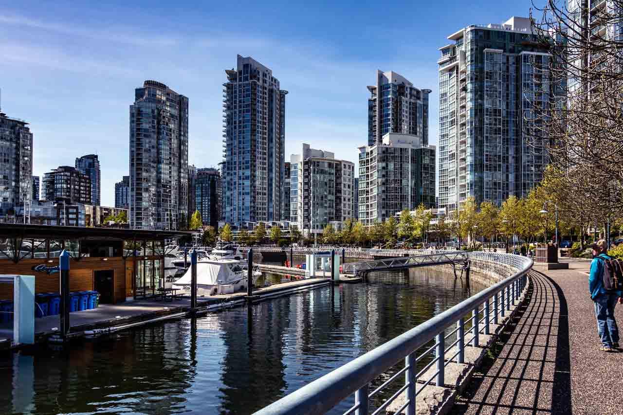 Định cư Canada theo diện Skilled Worker