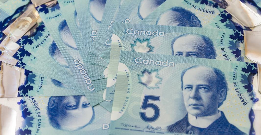 Tiền canada hôm nay đồng 5 dollar