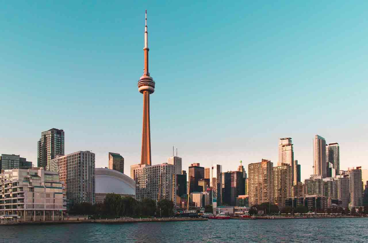 Cách nhập cư vào Canada và các chương trình nhập cư Canada hợp pháp