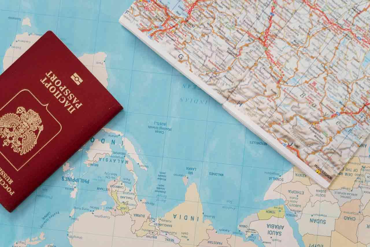 Sở hữu hộ chiếu Châu Âu đi khắp 5 châu