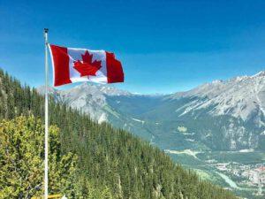 Thẻ xanh Canada quyền lợi thế nào?